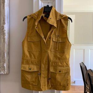 Love Tree light weight hooded vest
